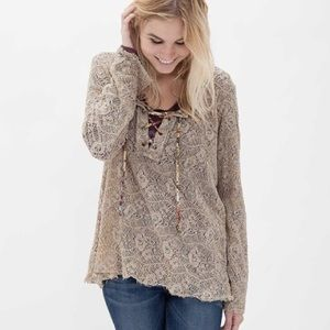 Gimmicks By BKE Nylon Lace Up Tan Long Sleeve